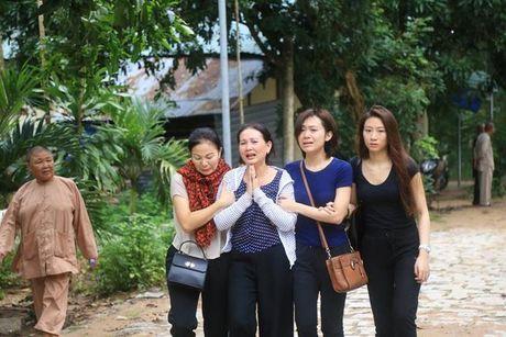Dau long nhin canh dua 3 thi the phi cong xuong nui - Anh 2