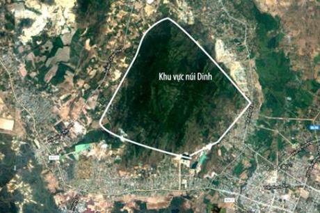 Da tim thay may bay 8632 EC130T2 mat tich o nui Dinh, Ba Ria - Vung Tau - Anh 1