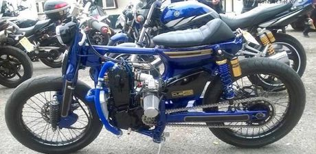 Honda Cub do doc nhat the gioi khoe am thanh sieu khung - Anh 1