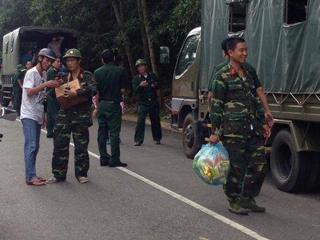 Bang rung tim kiem may bay truc thang mat tich - Anh 3