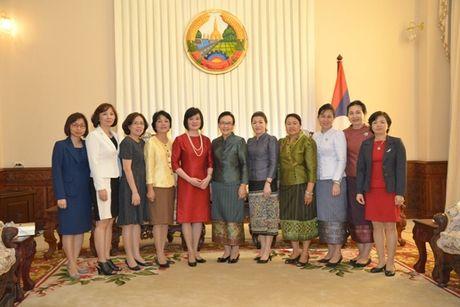 Gap go thuong nien nu can bo Ngoai giao hai nuoc Viet Nam - Lao - Anh 2