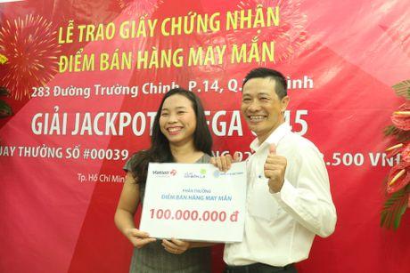 Thuong 100 trieu cho diem ban to ve so trung 92 ty - Anh 1