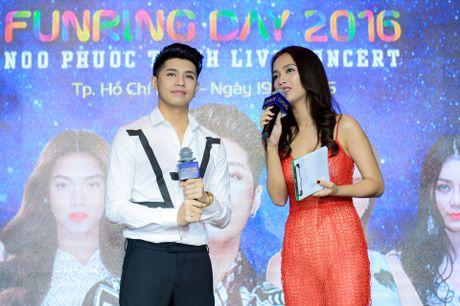 Noo Phuoc Thinh lam live show san van dong sau 8 nam ca hat - Anh 3