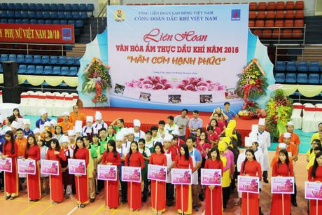 'Mam com thap lua yeu thuong' cua PV GAS chao 20/10 - Anh 2