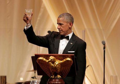 Bua tiec chieu dai cap Nha nuoc cuoi cung cua Tong thong My Obama - Anh 3