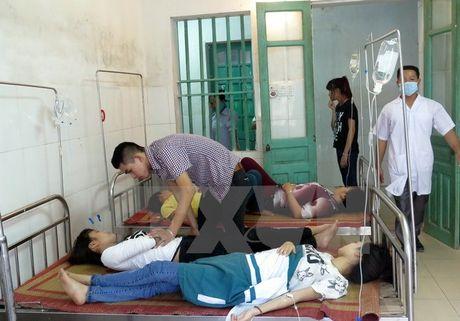 Vinh Long: Nhieu tre mam non nhap vien nghi do ngo doc thuc pham - Anh 1