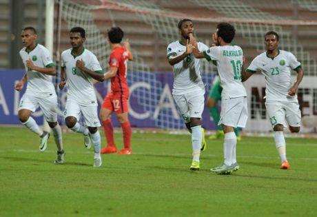 U19 Iraq 'vo ke hoach' khi U19 Han Quoc bat ngo thua tran - Anh 1