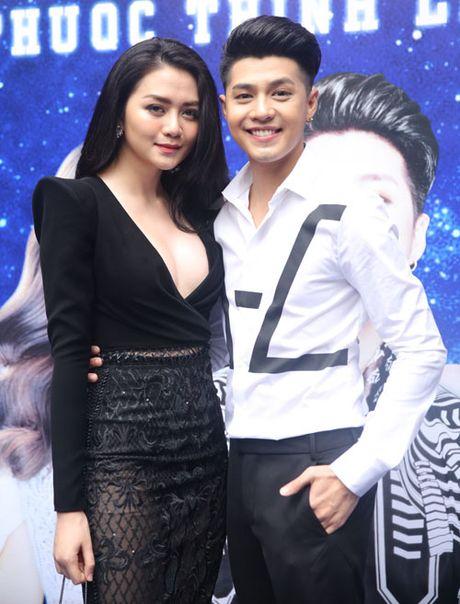 Thieu Bao Trang ho bao den ung ho show Noo Phuoc Thinh - Anh 1