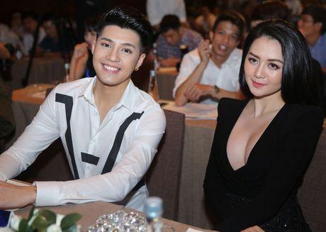 Thieu Bao Trang ho bao den ung ho show Noo Phuoc Thinh - Anh 2