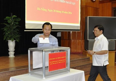 Da Nang, Quang Ninh ung ho nguoi dan vung lu gan 8 ty dong - Anh 1