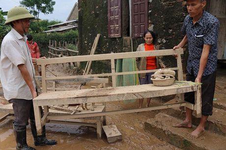 Da Nang, Quang Ninh ung ho nguoi dan vung lu gan 8 ty dong - Anh 6