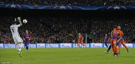 Barcelona 4-0 Man City: Messi va Bravo khien Pep chet lang o Camp Nou - Anh 3