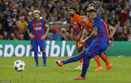Barcelona 4-0 Man City: Messi va Bravo khien Pep chet lang o Camp Nou - Anh 6