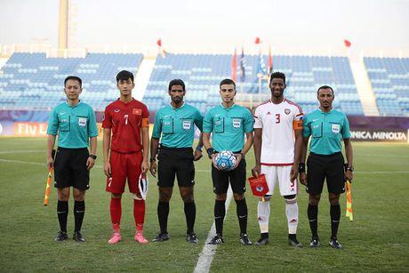 HLV U19 Viet Nam co ly khi phan nan trong tai - Anh 1
