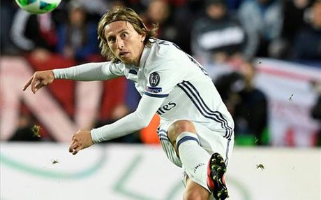 'Chan' Champions League, Modric dat muc tieu vo dich La Liga - Anh 1