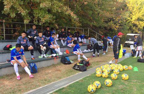 DT Viet Nam 3-0 FC Seoul: Di tim phuong an B - Anh 2
