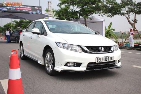 Honda Civic 'thay da, doi thit' sau 10 nam co mat o VN - Anh 5