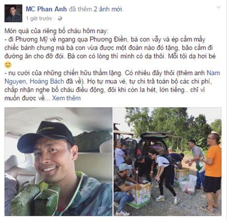 Phan Anh duoc dan mien Trung tang banh chung khi di tu thien - Anh 2