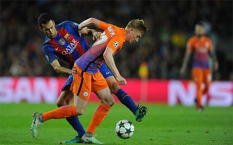 Messi lap hat-trick, Barca dai thang Man City - Anh 3