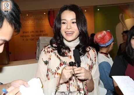 Ho Hanh Nhi hoan ke hoach sinh no de dong phim - Anh 1
