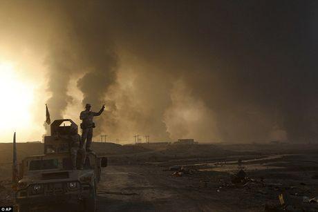 Thu linh toi cao IS mac ket o Mosul? - Anh 1