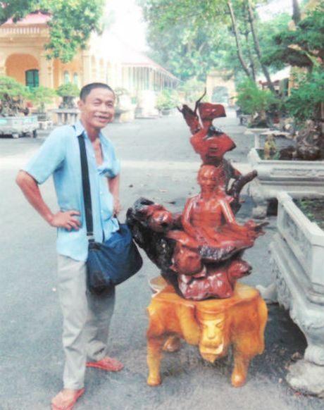 Tac gia cua 4 tuong dai ben duong Ho Chi Minh - Anh 1
