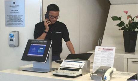 Samsung mo quay doi Note 7 tai cac san bay tren the gioi - Anh 1