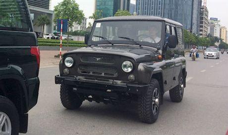 UAZ Hunter - xe offroad cua Nga ve Viet Nam - Anh 1