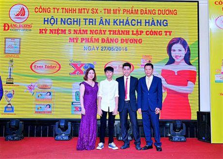 Ba Le Thi Truyen, Giam doc Cong ty My pham Dang Duong: 'Gai co cong, chong khong phu' - Anh 2