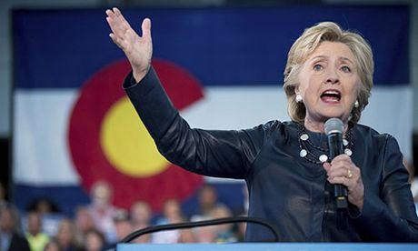 Sanders: Chia khoa giup ba Clinton tro thanh Tong Thong My - Anh 1