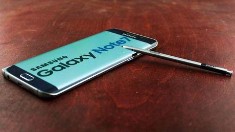 Jetstar Pacific cam khach mang Samsung Galaxy Note 7 len may bay - Anh 1