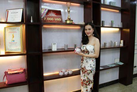Nu doanh nhan A hau Nguyen Ngoc Cham: Kiem tien tu lop 8, ty phu tuoi 27 - Anh 2