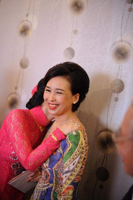 Dien vien Mai Phuong: 'Dieu toi can lam khong phai la rao ban doi tu' - Anh 1
