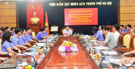 Vien truong VKSNDTC Le Minh Tri lam viec voi VKSND TP. Ha Noi - Anh 1