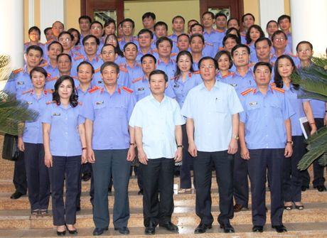 Vien truong VKSNDTC Le Minh Tri lam viec voi VKSND TP. Ha Noi - Anh 3