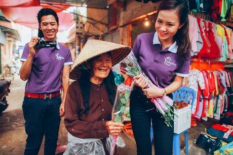 Thi sinh Hoa hau Viet Nam va hanh trinh 888 doa hong - Anh 4