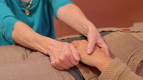 Giai toa cang thang voi 5 phut massage ngon tay - Anh 3