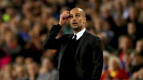 Guardiola that than sau tran thua 0-4 truoc Barcelona - Anh 2