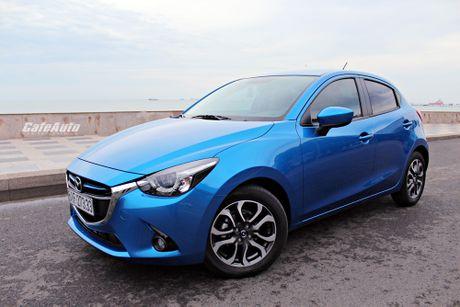 Trieu hoi 4.809 chiec Mazda2 de khac phuc den bao loi dong co - Anh 2