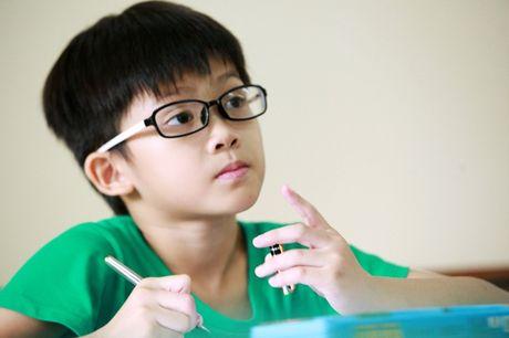 "Bat ngo khi con trai hoi me thich qua 20/10 ""vat chat hay tinh cam"" - Anh 1"
