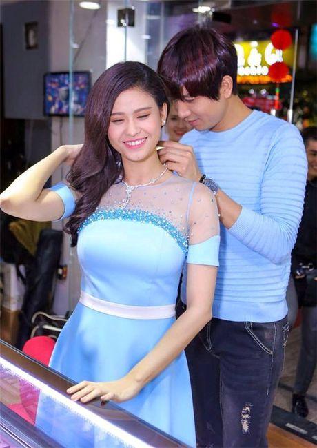 The Thanh lan dau 'bat mi' ki niem 'ngon tinh' voi Thuy Diem - Anh 8