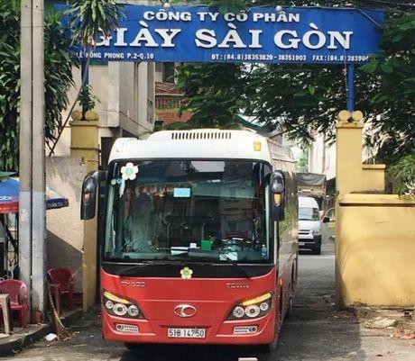 Tiep vu Cong ty Giay Sai Gon 'xe thit' dat vang cho thue: Ben xe lau cua Thanh Buoi 'thach thuc' phap luat - Anh 1