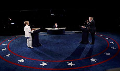 Dau khau quyet liet, Trump - Clinton khong bat tay khi ket thuc tranh luan - Anh 10