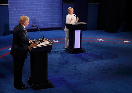 Dau khau quyet liet, Trump - Clinton khong bat tay khi ket thuc tranh luan - Anh 9