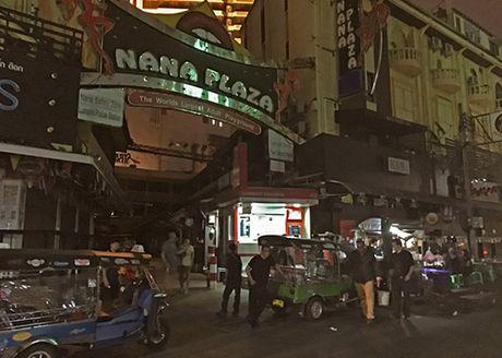 Lu hanh Viet lo lang tour Thai bi anh huong - Anh 1