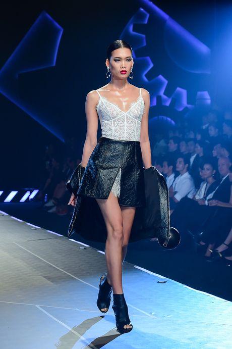 Chung Thanh Phong voi bo suu tap moi vut bo ao nguc - Anh 3
