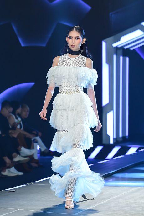 Chung Thanh Phong voi bo suu tap moi vut bo ao nguc - Anh 9