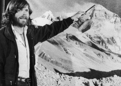 Reinhold Messner - nguoi leo nui vi dai nhat the gioi - Anh 1