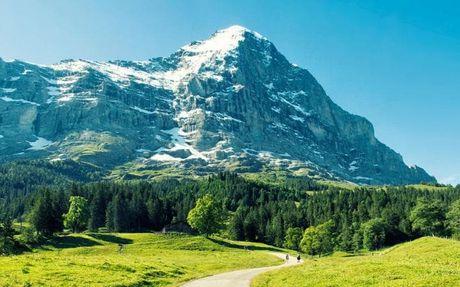 Reinhold Messner - nguoi leo nui vi dai nhat the gioi - Anh 3