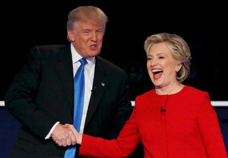 Y nghia bo do trang cua Clinton trong lan tranh luan cuoi - Anh 2